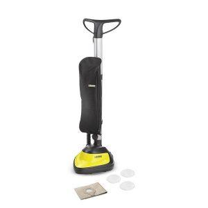 aspiradora-enceradora de color amarilllo viene equipado con: Manguera de pulverización y aspiración combinadas con asa, 2 m, 35 mm. Tubos de pulverización y aspiración, 2 unidades, 0.5 m, 35 mm. Boquilla de lavado con adaptador para suelos duros. Boquilla para aspiración de suciedad seca y húmeda, Clips. Boquilla para aspiración de suciedad seca, Clips. Boquilla de ranuras. Boquilla para tapicerías. Bolsa de filtro de papel, 1 unidades. Filtro de espuma. Detergente para limpieza de alfombras RM 519 (100 ml). Protección de circulación resistente a los golpes. Cómoda asa de transporte 3 en 1. Almacenaje de accesorios en el equipo. Soporte para componentes pequeños.