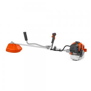 Desbrozadora, color naranjo y gris, esta desbrozadora ofrece una construcción robusta y duradera, arranque fácil un cómodo manejo gracias a sus sistema de vibraciones reducidas.
